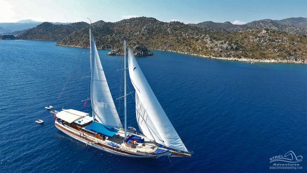 Strel-Swim-Sail-Cruise-Greece