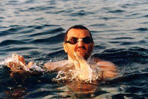 Martin Strel swimming