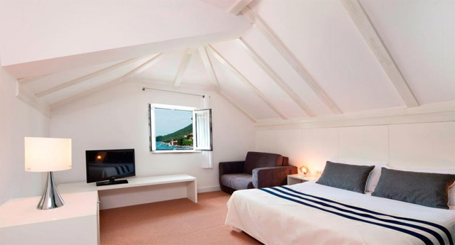 2-Hotel-Sipan-Superior-Room