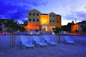 Hotel-Spongiola-Beach