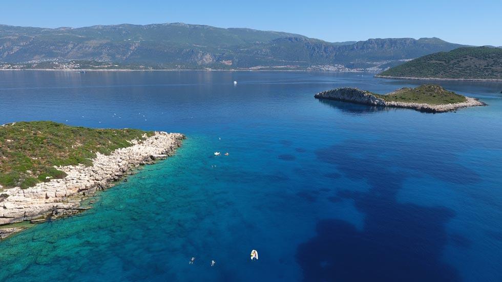 Swimming-Around-Islands-Turkey