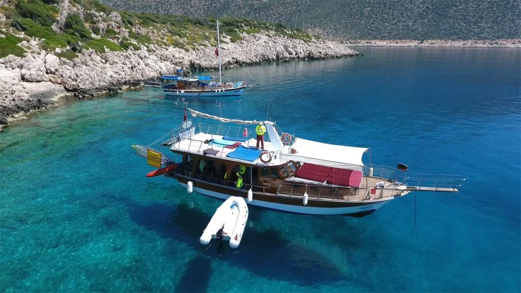 Swimming-Holidays-Turkey-Boat-Gulet