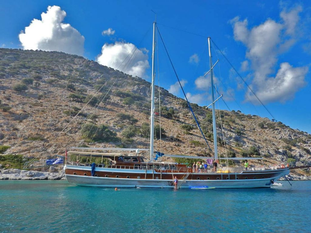 Gulet-Swimming-Cruise-Liveaboard