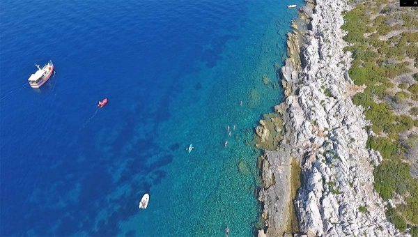 Swim-Island-Hopping-Croatia