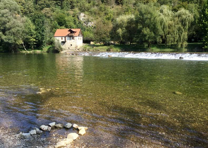 Kolpa-River-Swim-Holiday