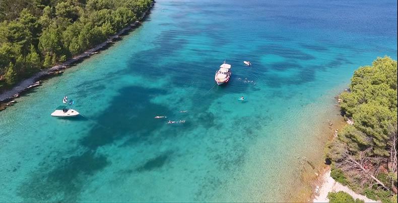 Silence-Bay-Swimming-Croatia
