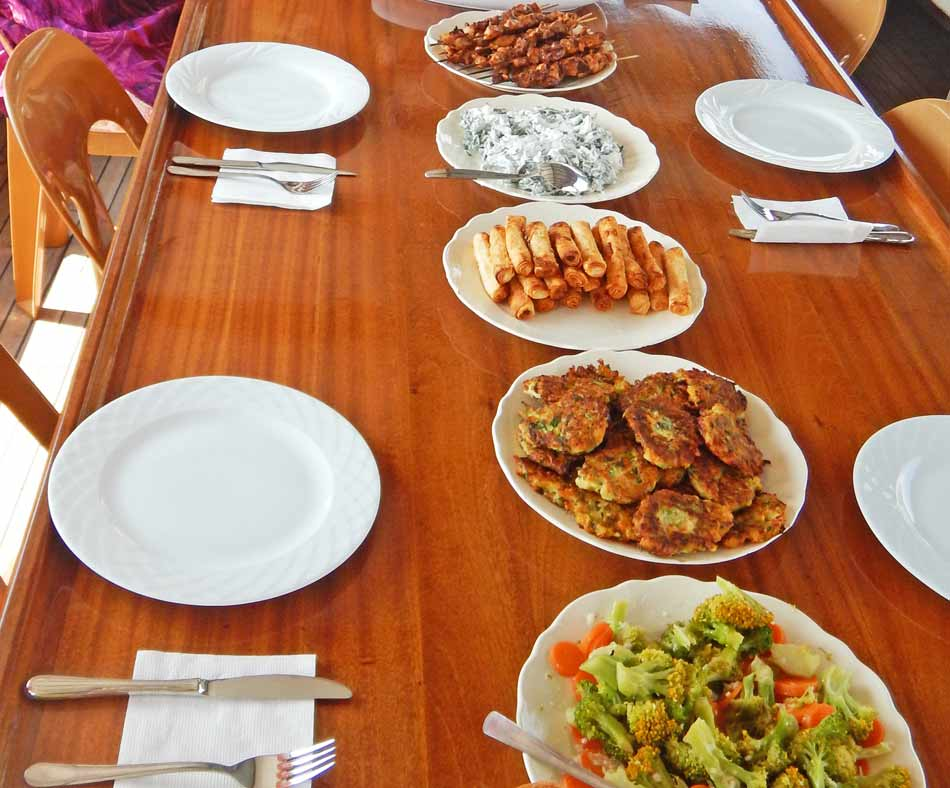 Turkish-Food-On-The-Boat