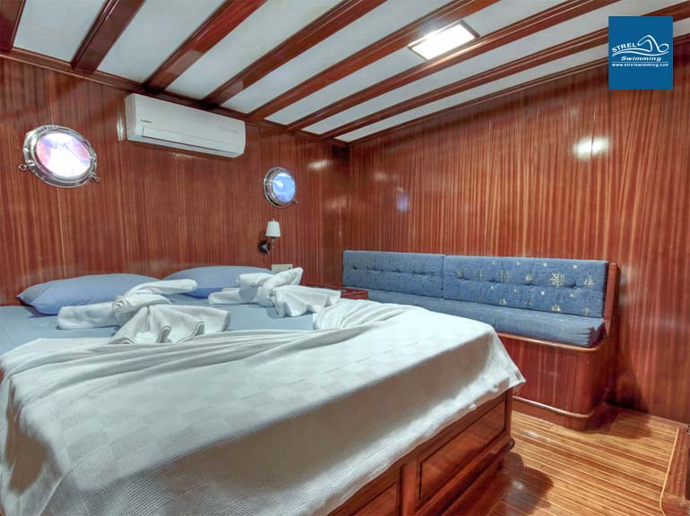 Liveaboard-Swimming-Holiday-Double-Room