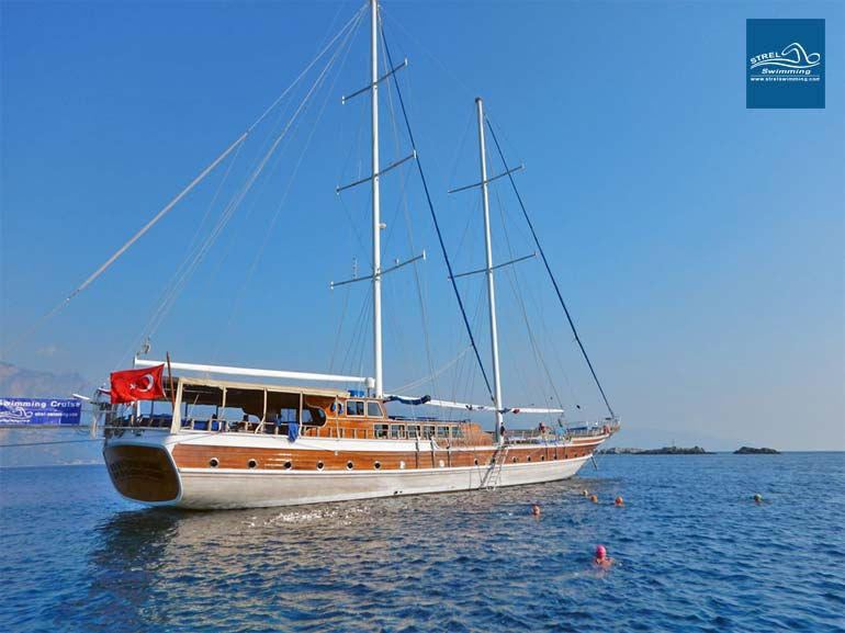 Liveaboard-Swimming-Holiday