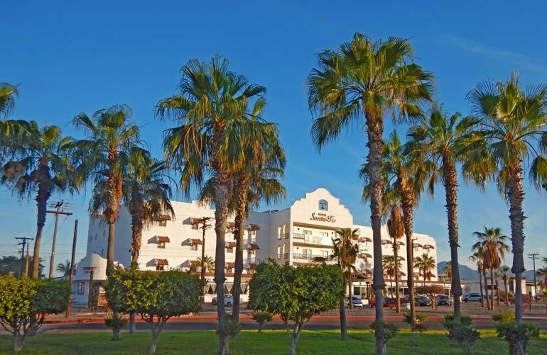 Hotel-Santa-fe-Loreto-Mexico