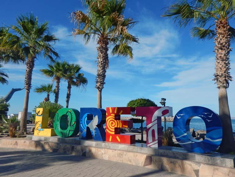 Loreto-Mexico-Malecon